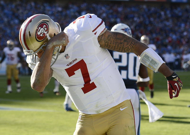 Kaepernicking in Nash Vegas (photo by Mark Zaleski)