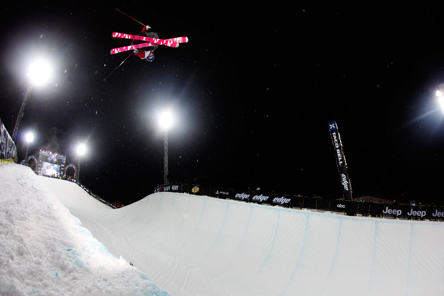 Air Bowman sending a pair of Roxy skis into orbit